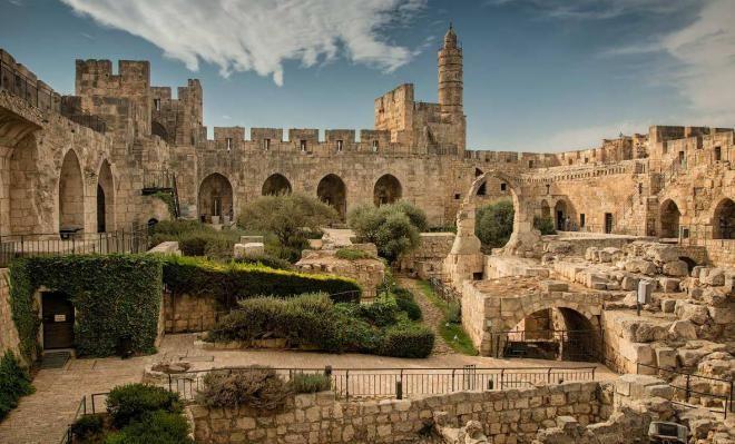 10 мест в мире, которые нужно посетить до 40 лет