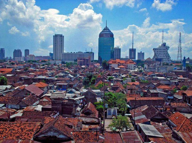 Индонезия город