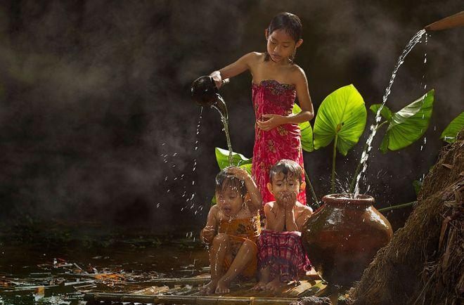Индонезия жители