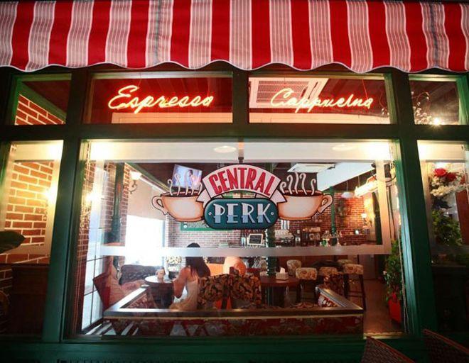 нью йорк кофейня central perk