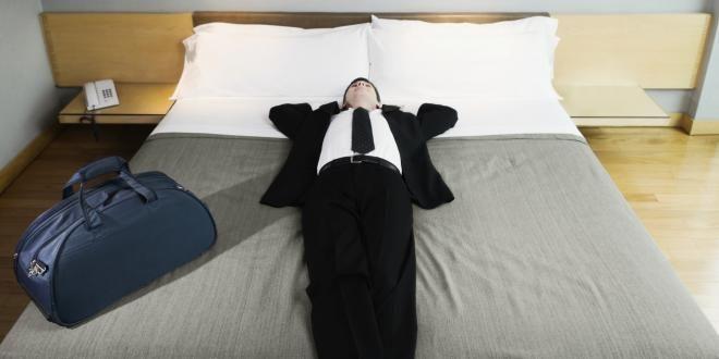 9 секретов от стюардесс, которые сделают ваше путешествие более комфортным