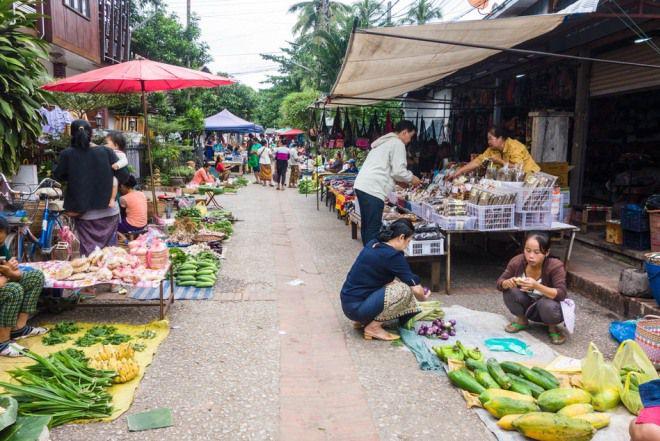Лаос рынок