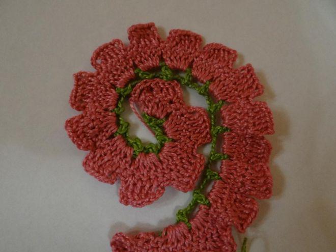 вязание крючком цветы розы и листья 9