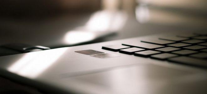 Почему на ноутбуке отключается клавиатура
