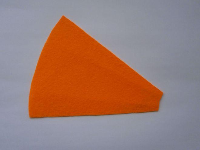 Морковка из фетра3