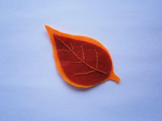 Осенние листья из фетра9