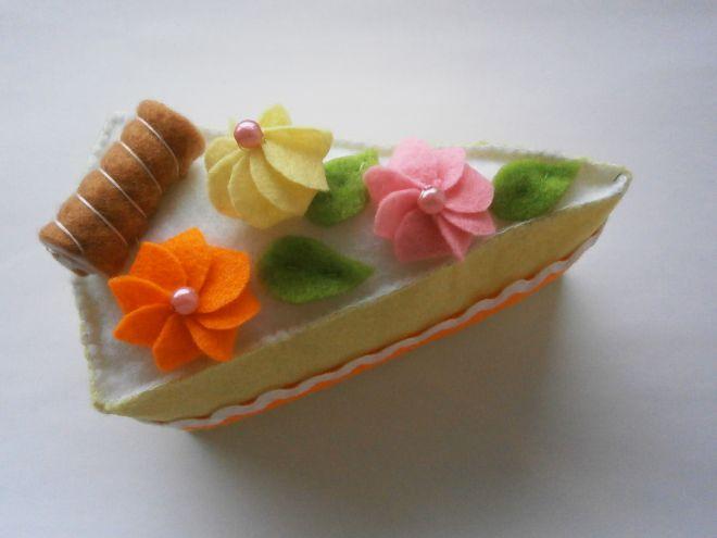 Пирожное из фетра15
