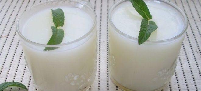 Молочный кисель из картофельного крахмала - рецепт