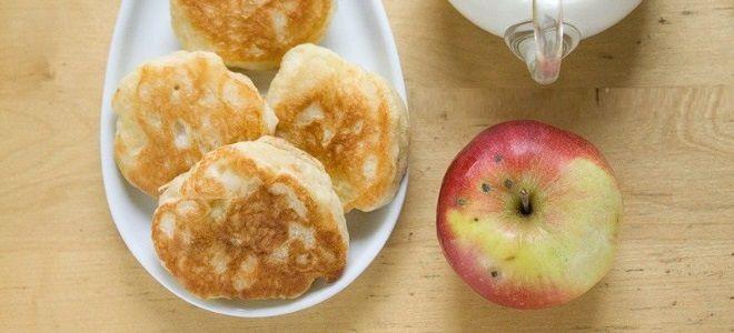 Оладьи на ряженке с яблоками пышные - рецепт