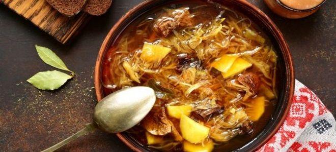 солянка из квашеной капусты с мясом