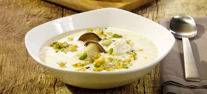 Суп грибной из замороженных грибов с сыром