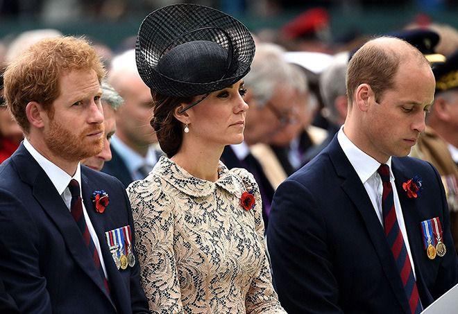 Герцогиня Кембриджская с принцами