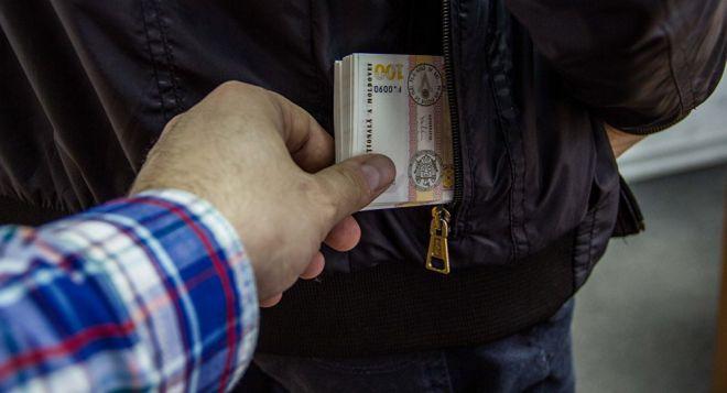 7 действенных способов защиты от карманников