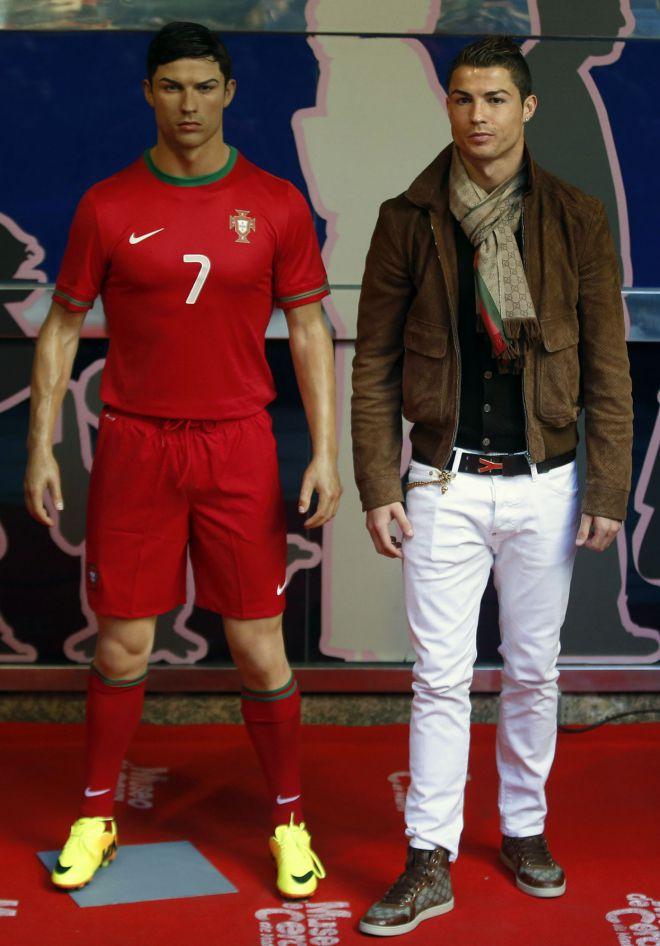 Роналду и его восковая фигура