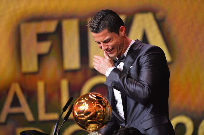 Роналду плачет