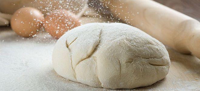 Дрожжевое тесто для печеных пирожков