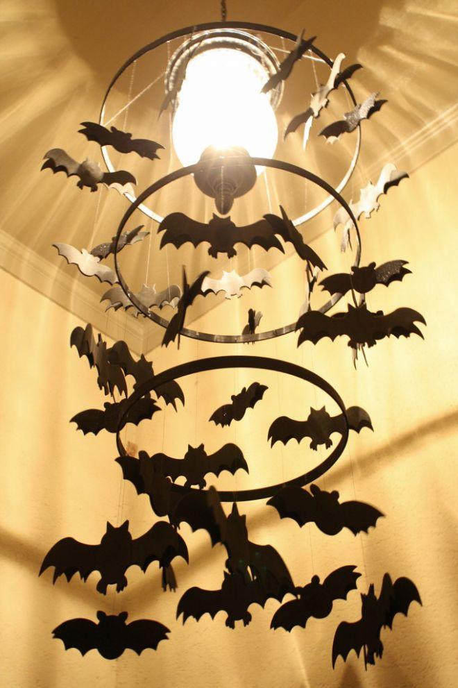 подвеска с летучими мышами