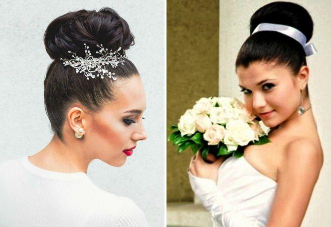свадебный пучок на средние волосы с декором