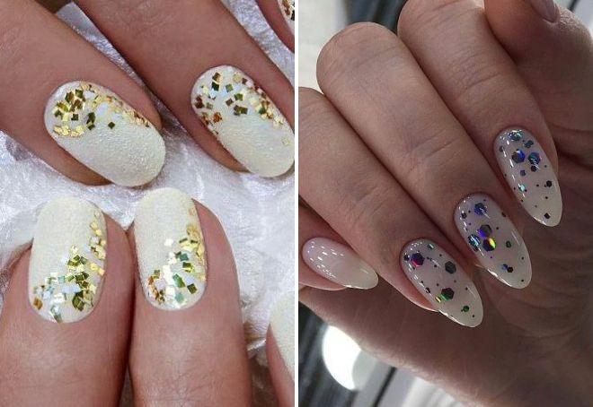 маникюр белые ногти с блестками