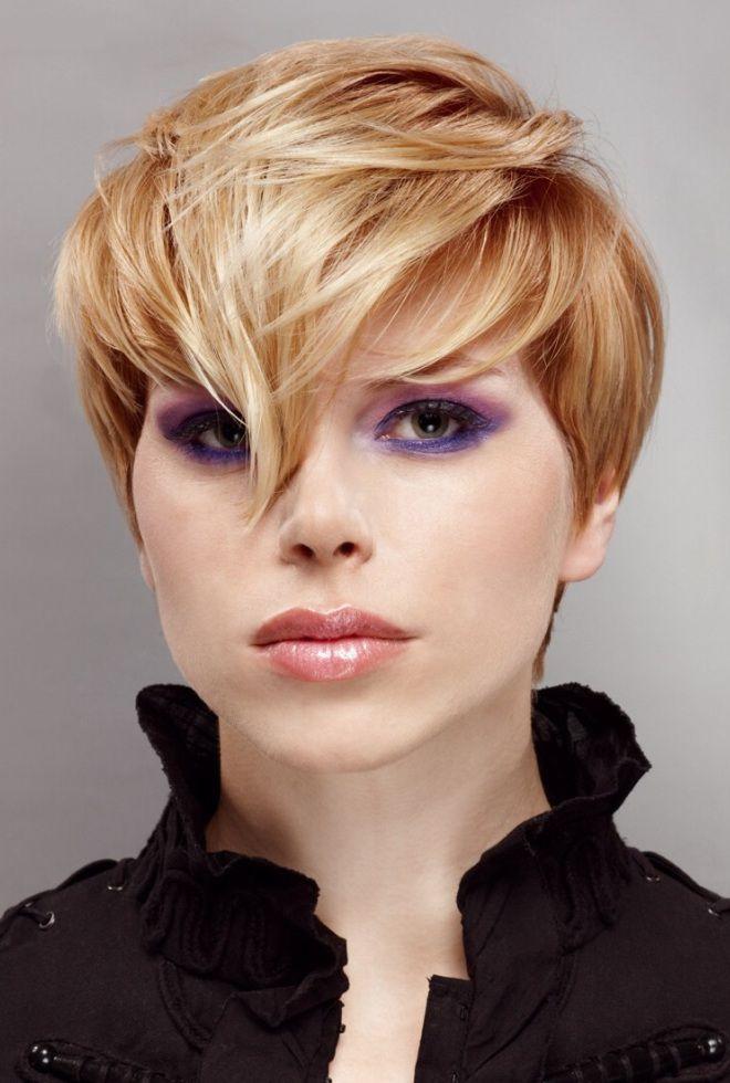 Стрижка для круглого лица и тонких волос раз