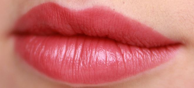 Перманентный макияж губ с растушевкой