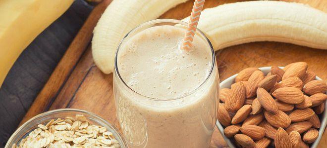 смузи с миндальным молоком рецепт