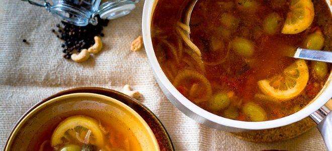 вегетарианский суп солянка