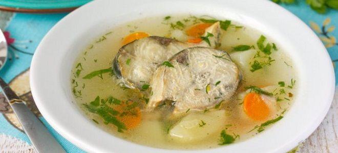 рыбный суп из консервов скумбрии