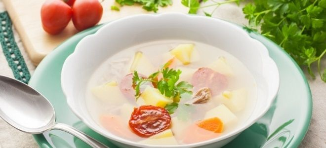 рыбный суп из консервов тунца