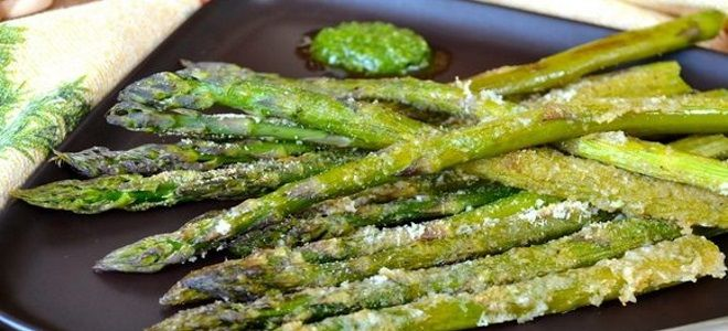 зеленая спаржа в духовке