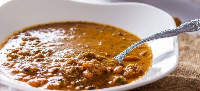 суп с фасолью и курицей