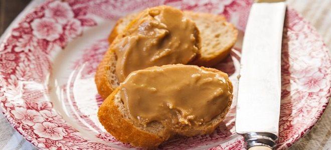 арахисовая паста с кленовым сиропом
