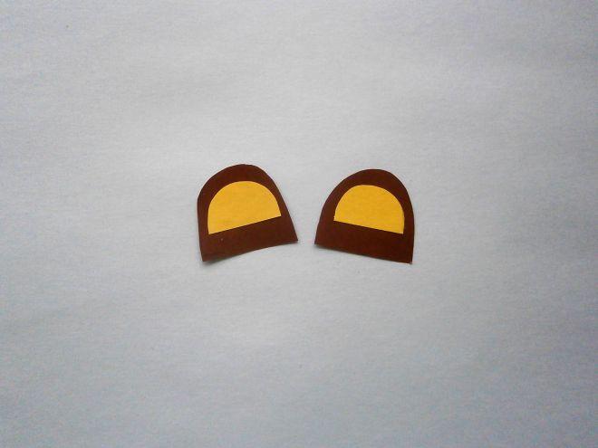 к коричневым деталям ушей приклеим желтые детали