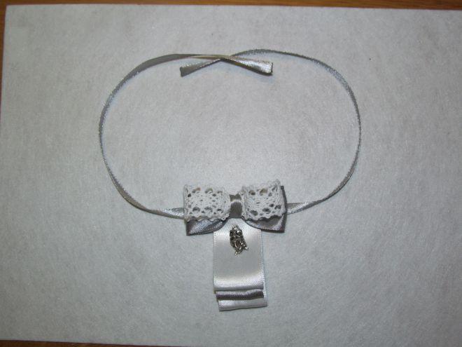 галстук-бабочка из атласной ленты