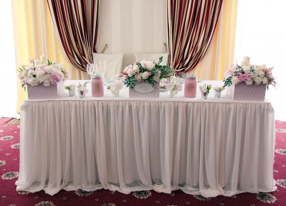 Оформление свадьбы цветами и свечами 7