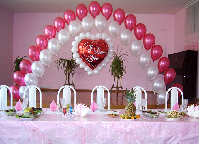 Бокалы своими руками шарами Свадебный декор бокалов, столов - 50 фото
