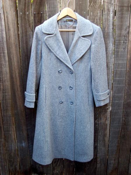 Как украсит старое пальто своими руками
