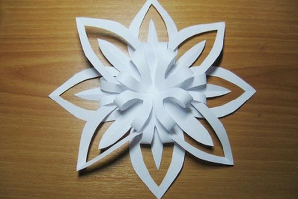 Простые украшения из бумаги своими руками