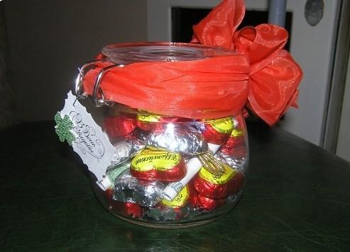 Банка с конфетами на день рождения своими руками из конфет