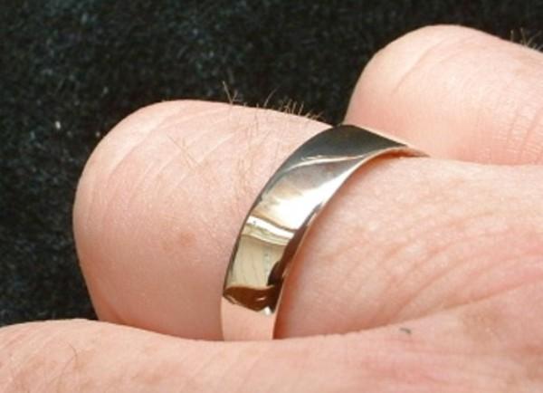 Как сделать кольцо из монеты?