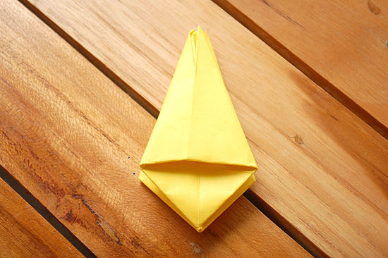 как сделать тюльпан из бумаги 13