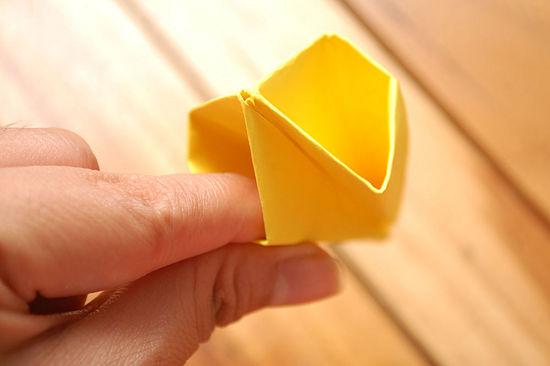как сделать тюльпан из бумаги 14