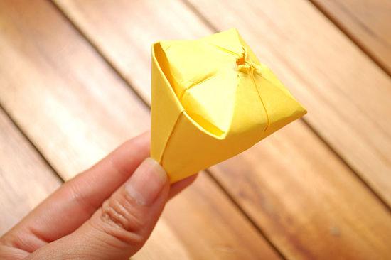 как сделать тюльпан из бумаги 15