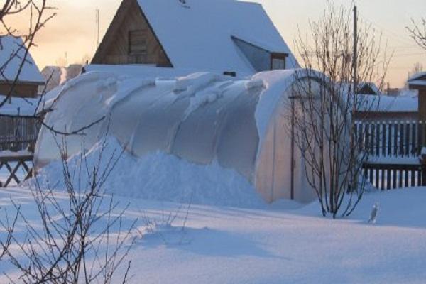 как сделать на зиму теплицу