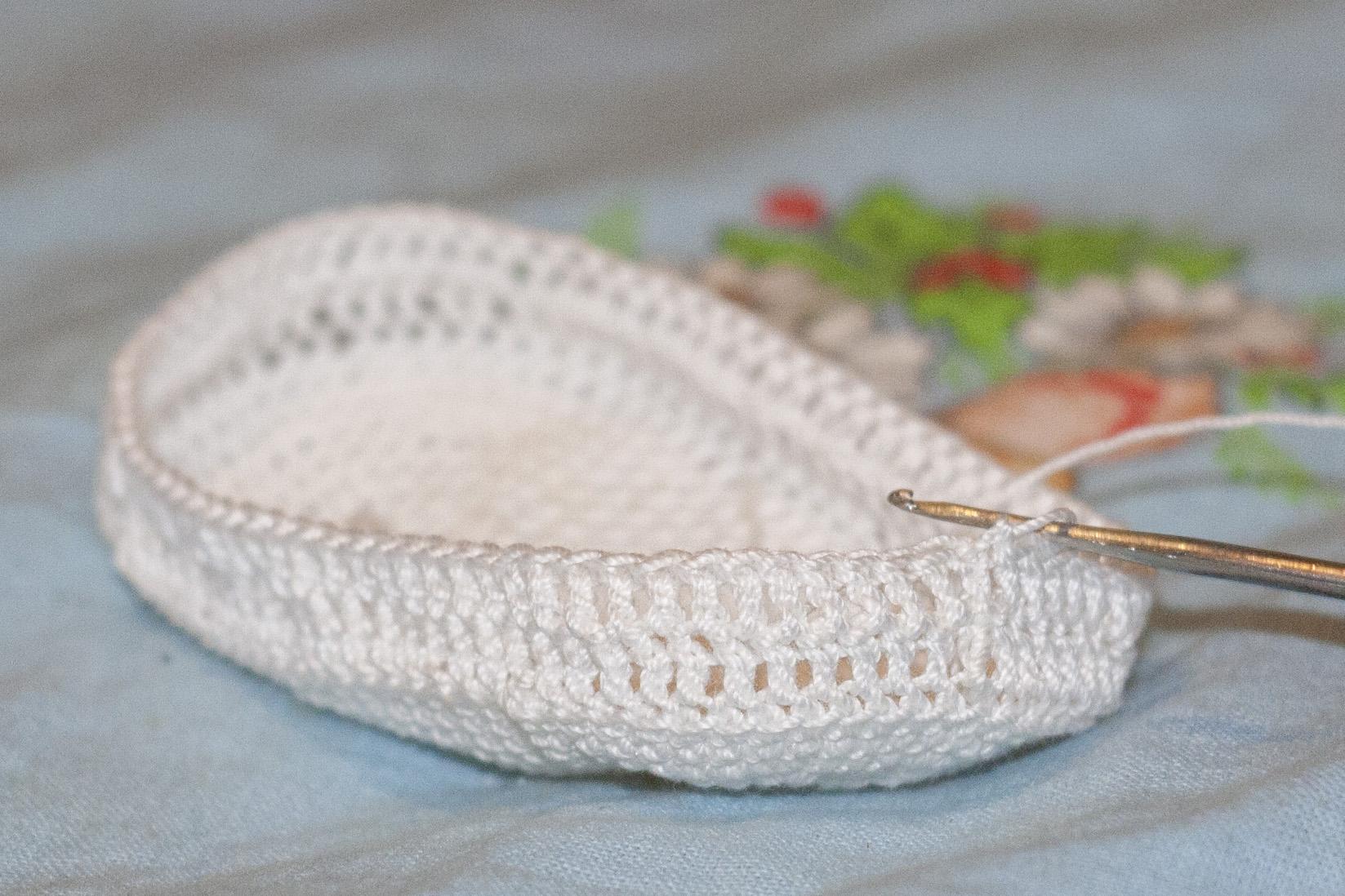 Вязание крючком пинетки столбиком