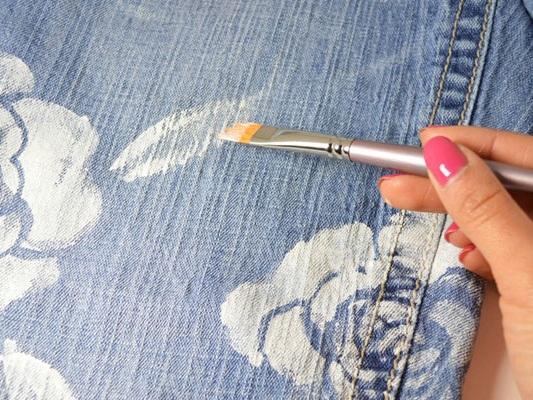 как украсить джинсовые шорты