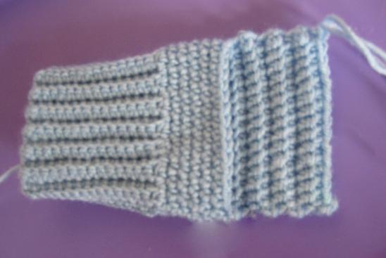 Далее для вязания пятки носка