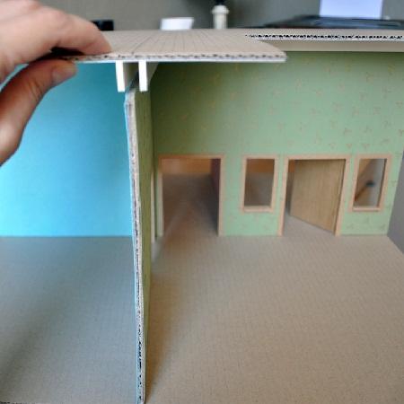 картонный домик для кукол