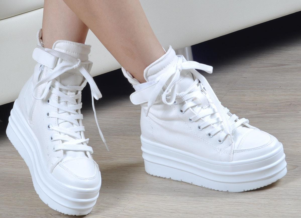 обувь на высокой подошве фото