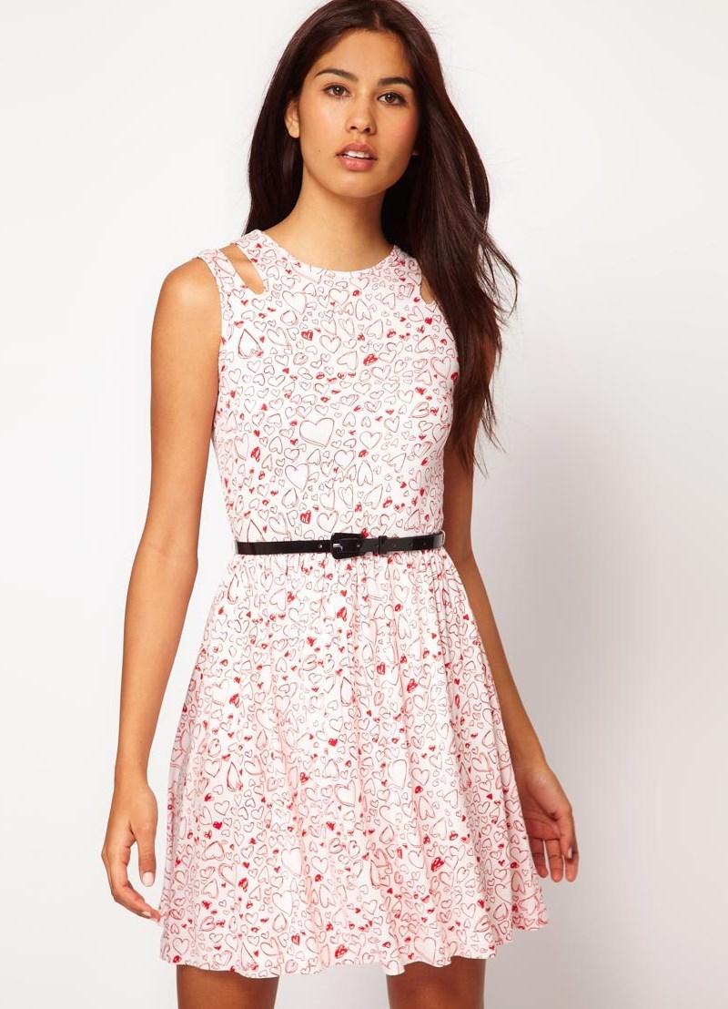 Платья короткие летние прямые